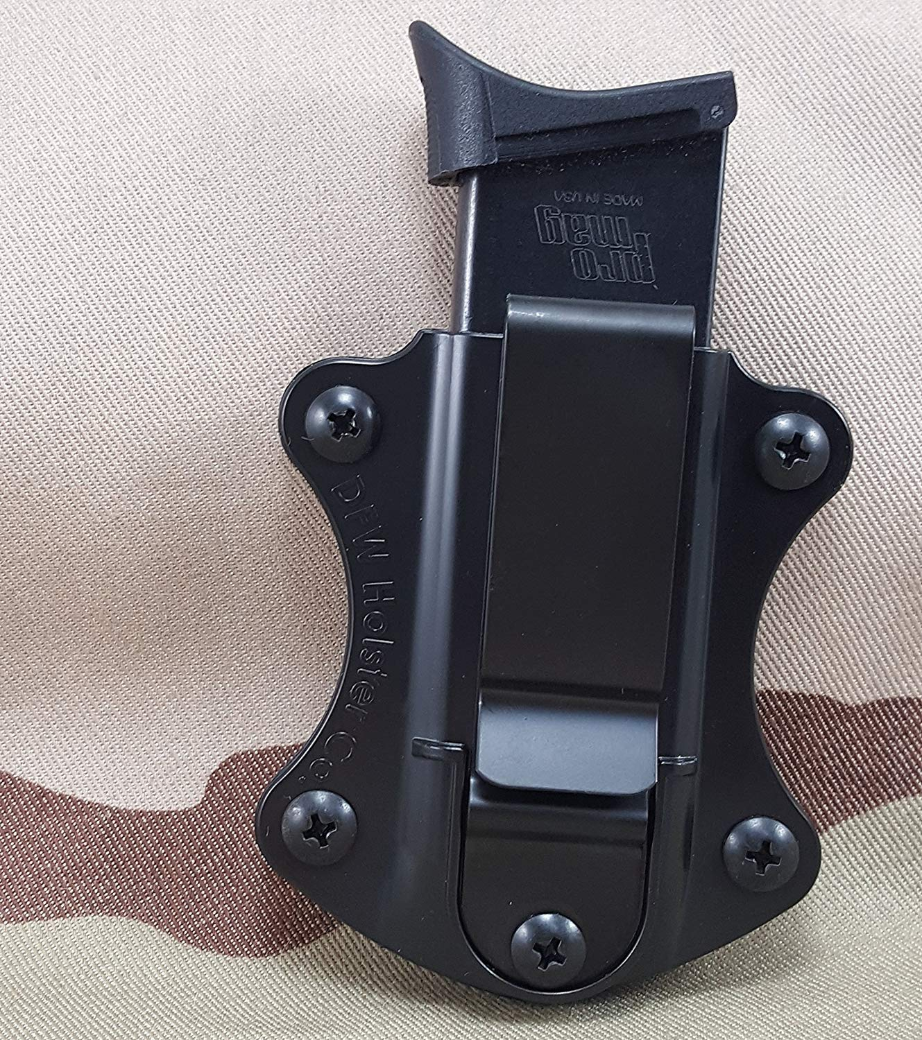 Single Stack Tuckable IWB Mag Pouch. Fits 9mm, 40 Cal, 45 ACP.